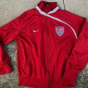 Nike USA soccer track jacket men's spell out red